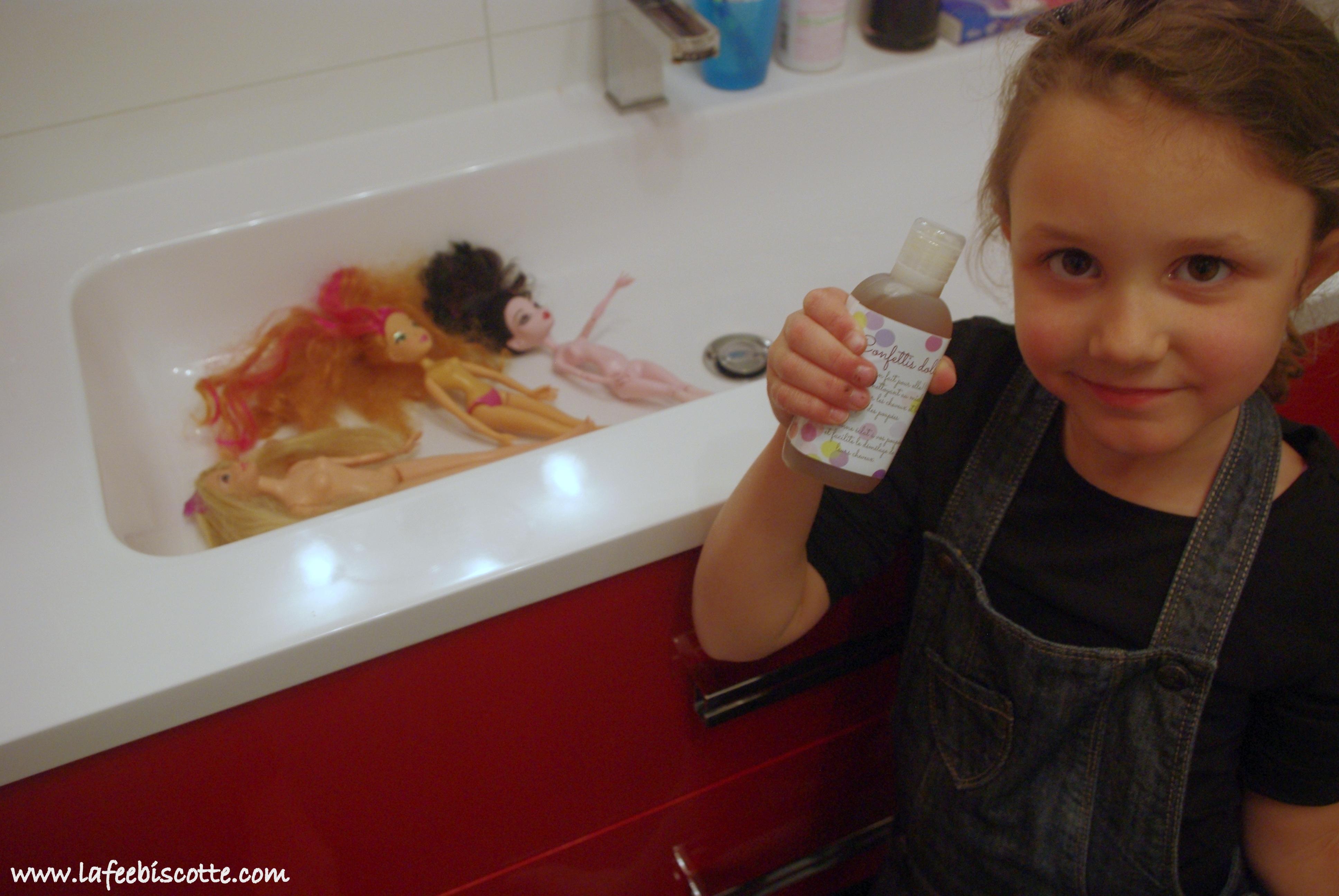 savon confettis doll
