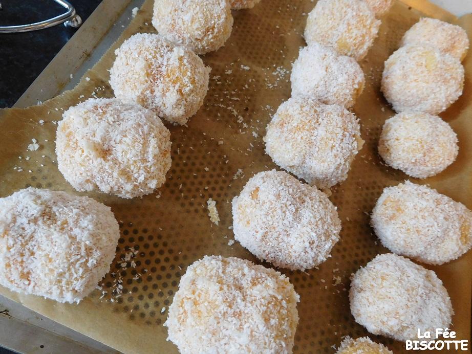 recette de biscuit boule de coco